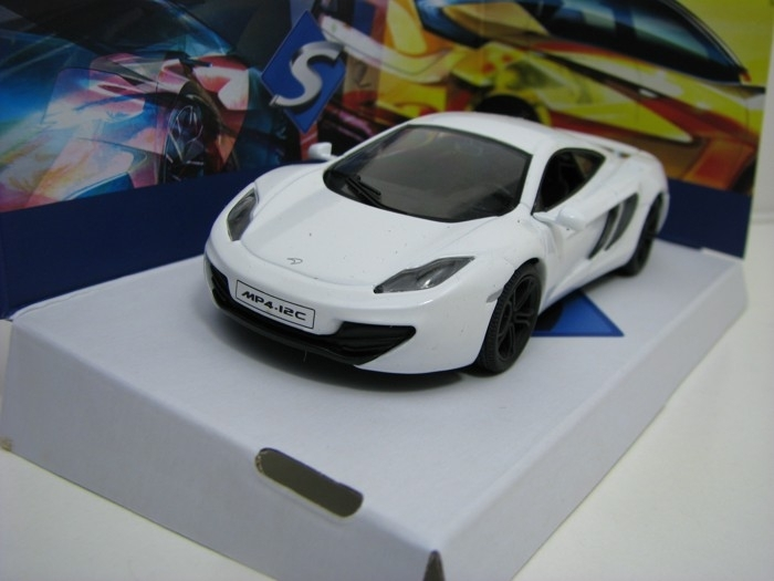 McLaren MP4-12C White 1:43 Solido
