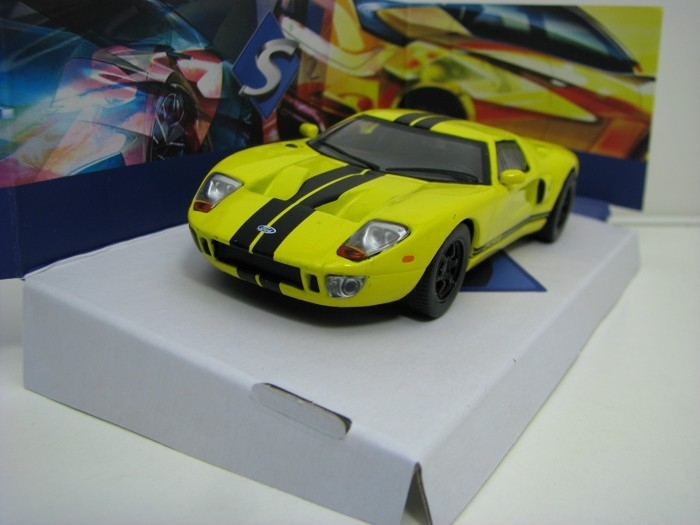Ford GT Yellow 1:43 Solido
