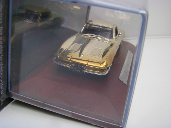 Chevrolet Corvette Sting Ray chrom 1:43 Atlas Bazar