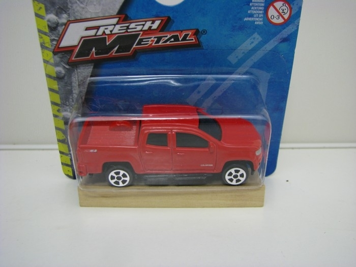 Chevrolet Colorado 2015 Red Fresch Metal Maisto