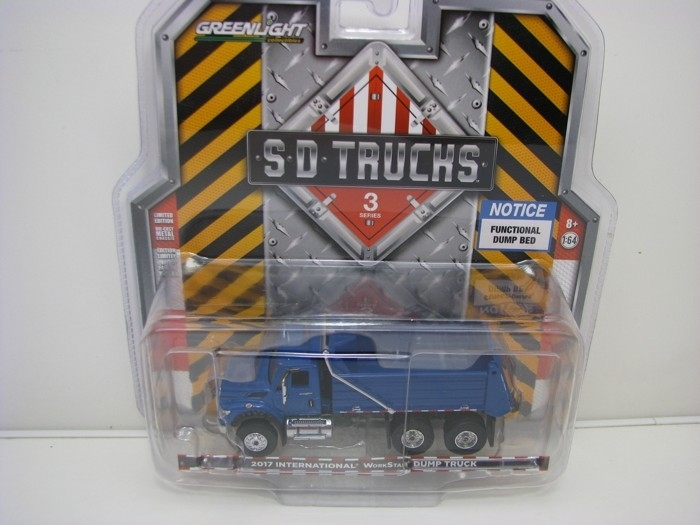 International WorkStar Dump Truck 2017 1:64 SD Trucks Greenlight