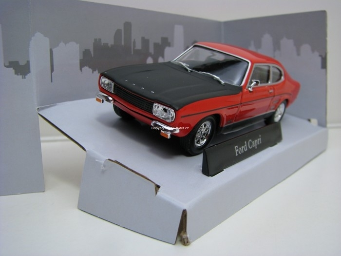 Ford Capri Red/Black 1:43 Cararama