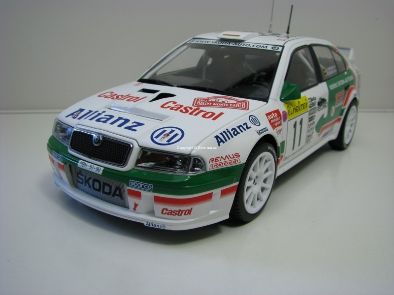 Škoda Octavia WRC Evo2 No.11 Schwarz 4th Rally Monte Carlo 2001 1:18 FOX18