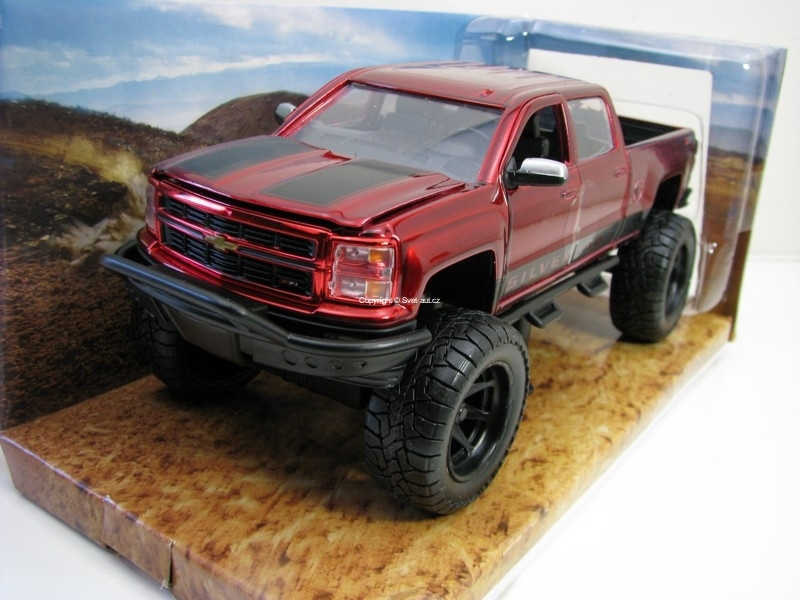 Chevrolet Silverado 2014 OFF Road Red 1:24 Just Trucks Jada Toys