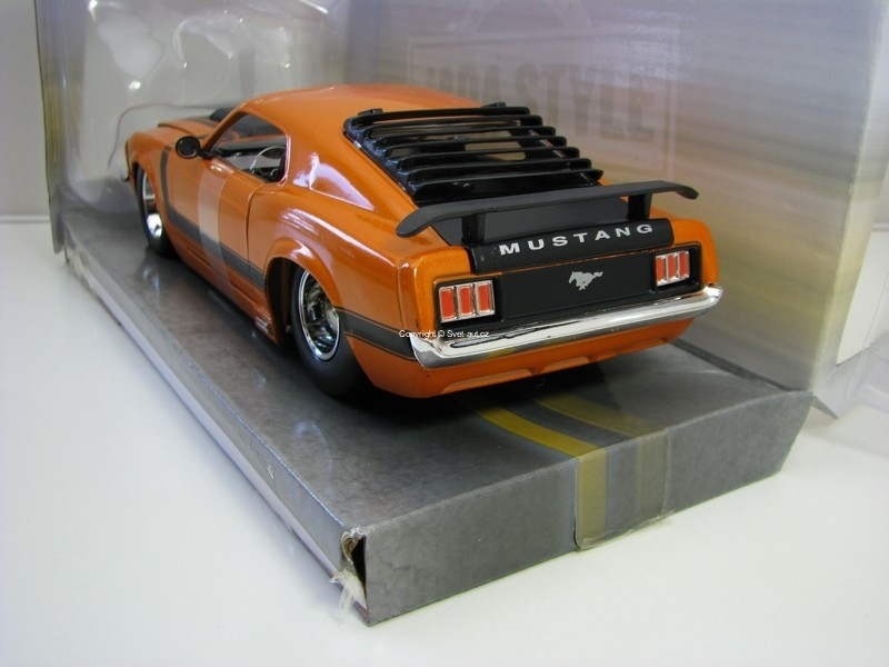 Ford Mustang Boss 429 Centerline 1970 Orange 1:24 Big Time Muscl