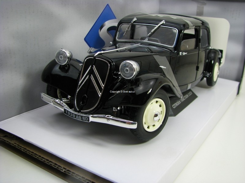Citroen Traction 11CV 1937 Black 1:18 Solido
