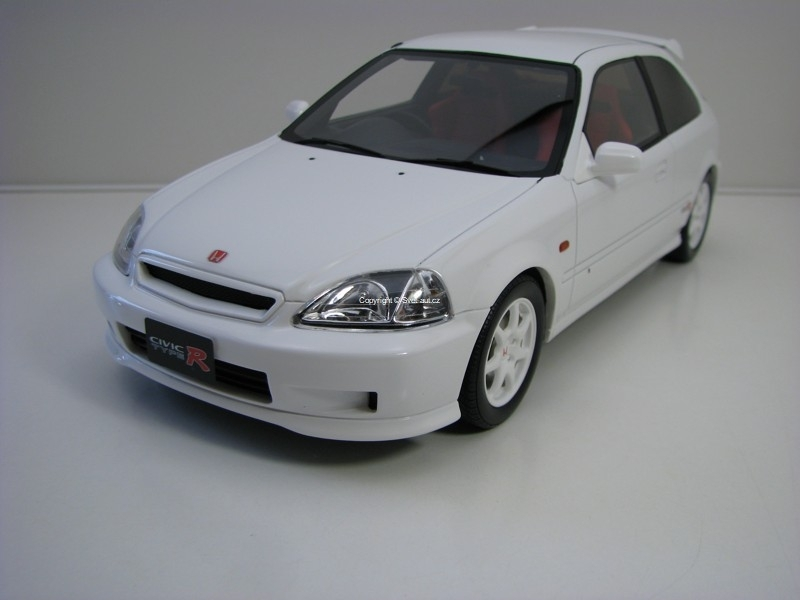 Honda Civic Type R EK9 White 1:18 Ottomobile