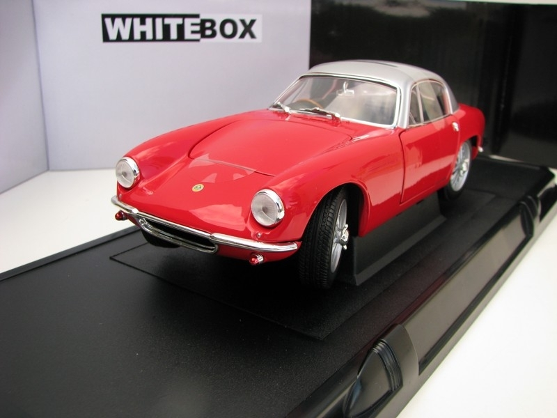 Lotus Elite RHD 1960 Red 1:18 White Box