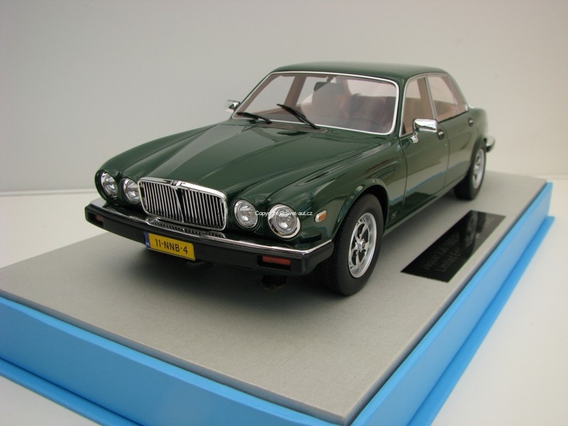 Jaguar XJ6 1982 Green 1:18 LS Collectibles