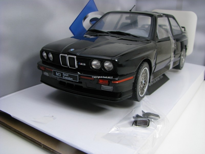 BMW M3 E30 Sport Ewo 1990 Black 1:18 Solido