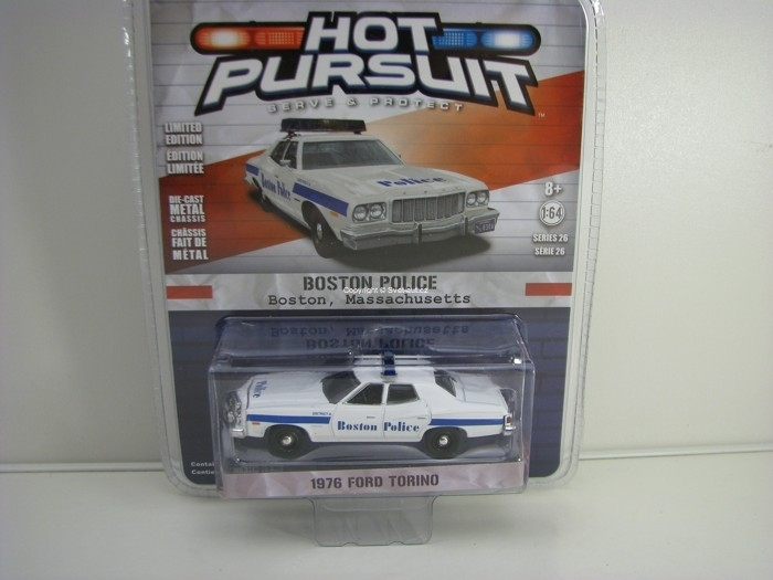 Ford Torino 1976 Boston Police 1:64 Hot Pursuit série 26 Greenlight