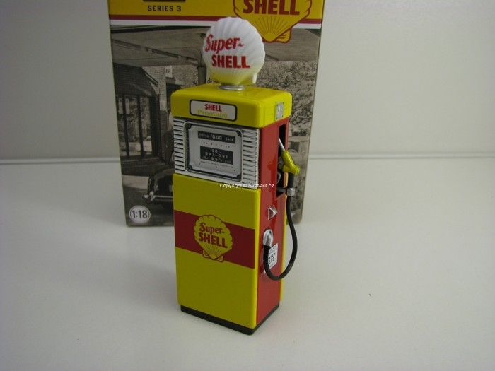 Gas Pump Standard Super Shell 1:18 Greeenlight