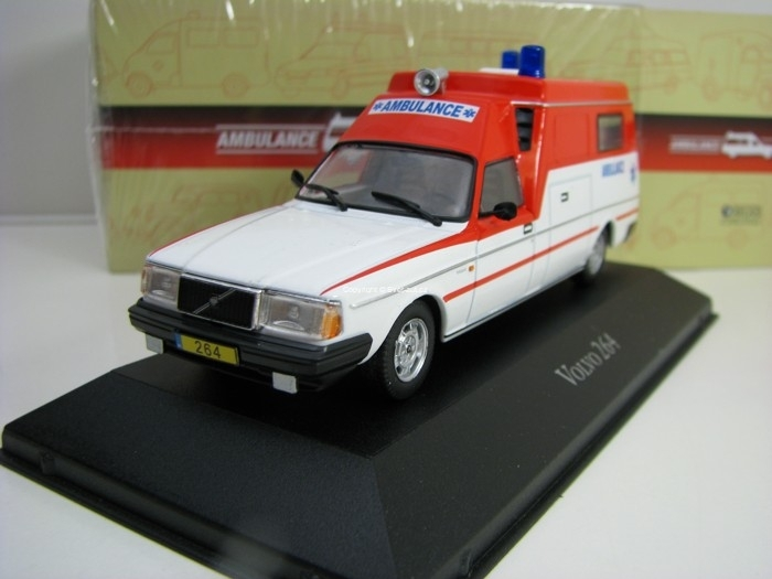 Volvo 264 1:43 Atlas Edition Ambulance