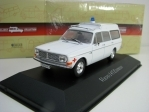 Volvo 145 Expres 1:43 Atlas Edition Ambulance