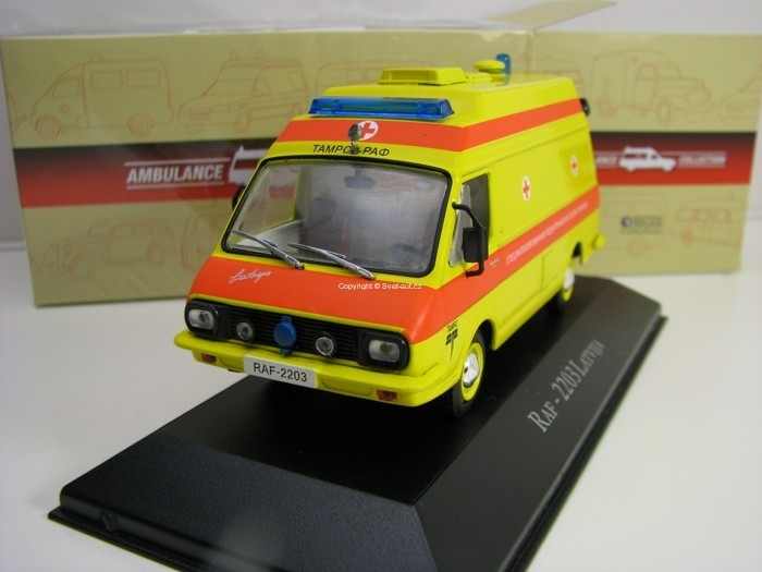 Raf - 2203 Latvija 1:43 Atlas Edition Ambulance