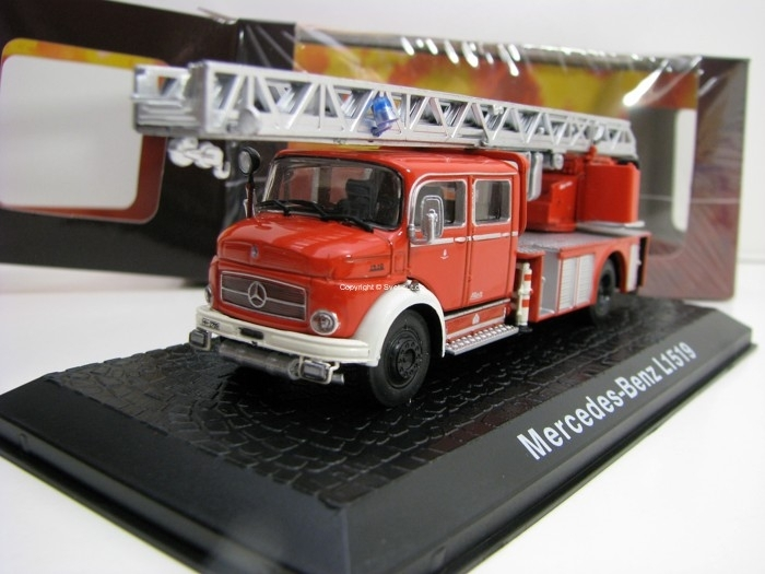 Mercedes-Benz L1519 Hasiči 1:72 Atlas