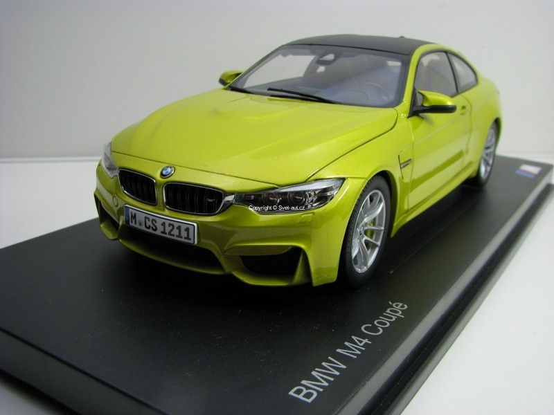 BMW M4 Coupé (F82) Austin Yellow metallic 1:18 Paragon Models