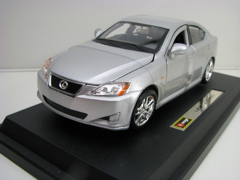 Lexus IS 350 Silver 1:24 Bburago