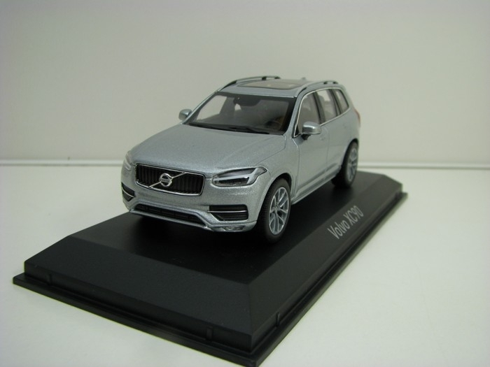 Volvo XC90 Electric Silver 1:43 Norev