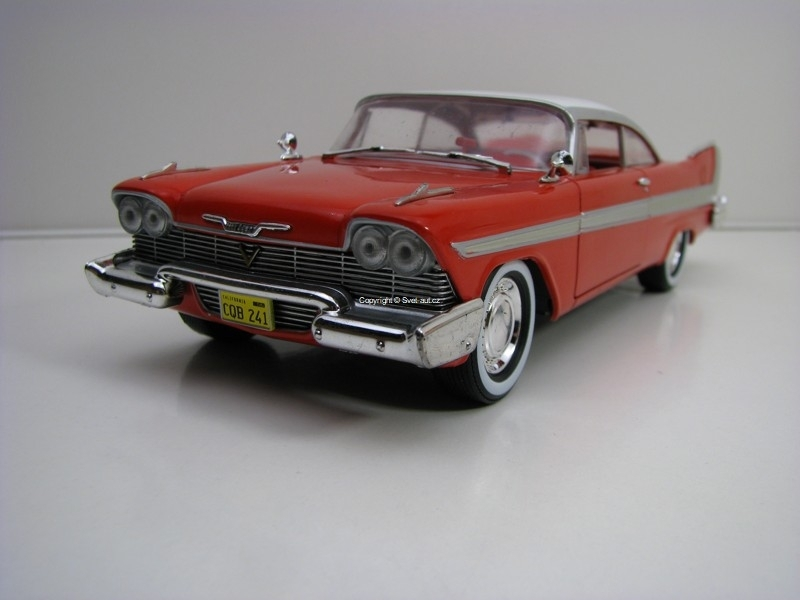 Plymouth Fury Christine 1958 1:24 Greenlight