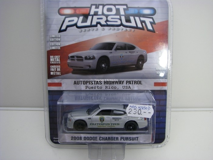 Dodge Charger Pursuit 2008 Puerto Rico USA 1:64 Hot Pursuit série 28 Greenlight