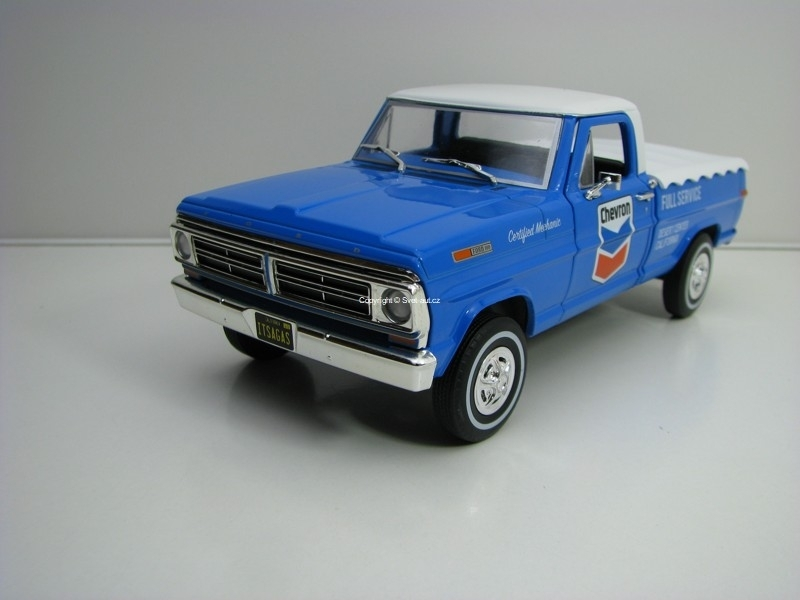 Ford F-100 1967 Chevron 1:24 Greenlight