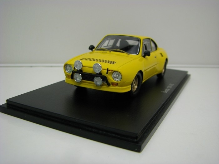 Škoda 130RS Plain body Yellow 1:43 FOX18
