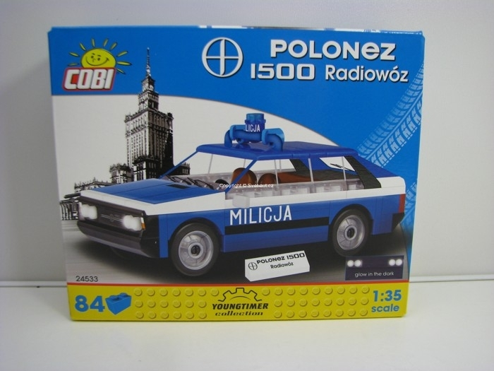 Cobi 24533 Polonez 1500 Radiovůz stavebnice 1:35 Youngtimer collection