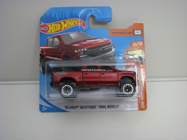 Chevy Silverado Trail Boss LT 10/10 HW Hot Trucks Hotwheels 2018
