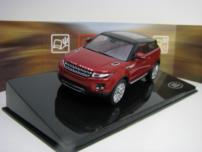 Range Rover Evoque 3 Door Firenze Red 1:43 Ixo Models