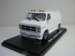 GMC Vandura 1983 White 1:43 Greenlight 86326