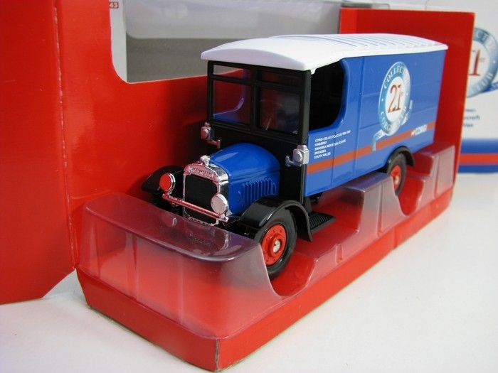 Thornycroft Box Van Collector Corgi Club 2005 1:43 Corgi CC09001
