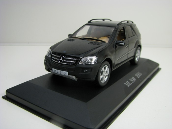 Mercedes-Benz ML 500 2005 Black 1:43 Atlas Edition