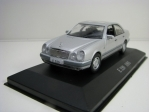 Mercedes-Benz E 320 1995 Silver 1:43 Atlas Edition