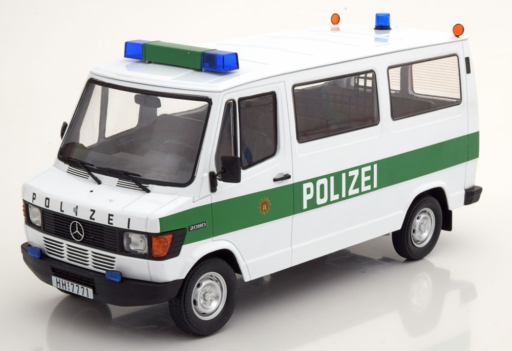 Mercedes-Benz 208D Polizei Hamburg 1980 1:18 KK Scale