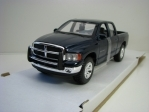 Dodge Ram 1500 Quad Cab 2002 Blue 1:24 Maisto