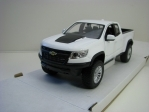Chevrolet Colorado ZR2 2017 White 1:24 Maisto