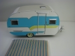 Caravan Catolac Deville 1958 Blue Hitch & Tow Trailer 1:24 Greenlight