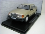 Mercedes-Benz 260E W124 1984 Gold 1:18 MCG Modelcar Group