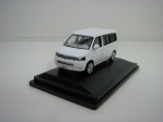 Volkswagen T5 California Camper Candy White 1:76 Oxford