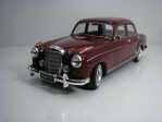 Mercedes-Benz 220S Limousine Red 1:18 KK scale