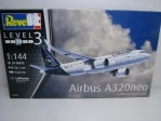 Airbus A320neo Lufthansa stavebnice 1:144 Revell 03942