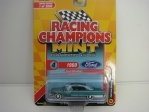 Ford Starliner 1960 Green 1:64 Racing Champions Mint 2019