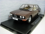 BMW 520 E12 Brown Metallic 1:18 MCG Modelcar Group