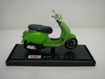 Vespa Sprint 150 ABS 2017/2018 Green 1:18 Maisto
