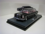Mercedes-Benz Pullman W100 1:64 Triple 8 Collection