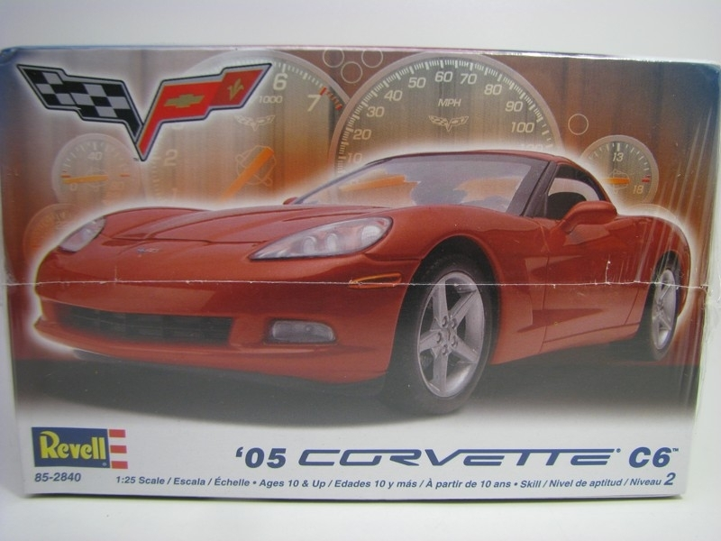 Chevrolet Corvette C6 2005 kit 1:25 Revell 852840