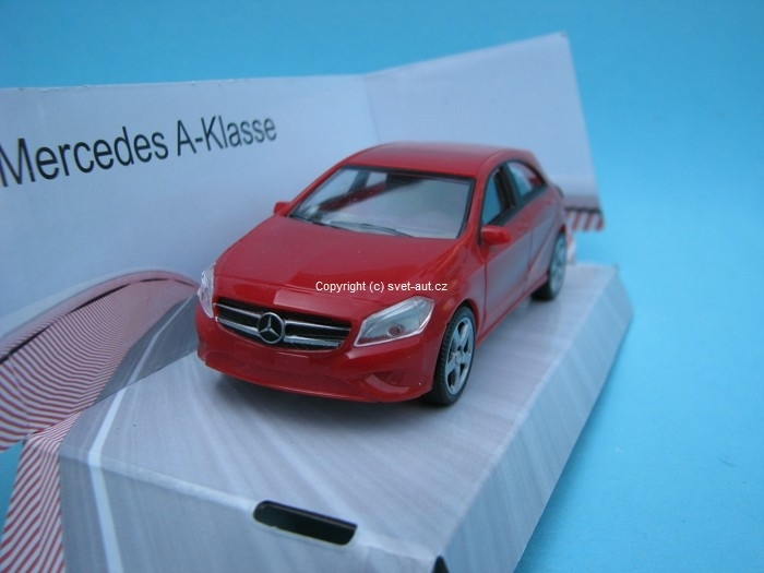 Mercedes-Benz A Class red 1:43 Mondo Motors Fast Road