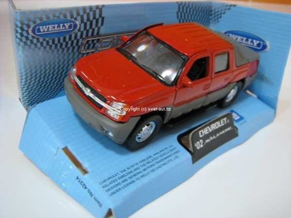 Chevrolet Avalanche 2002 red 1:32 - 36 Welly