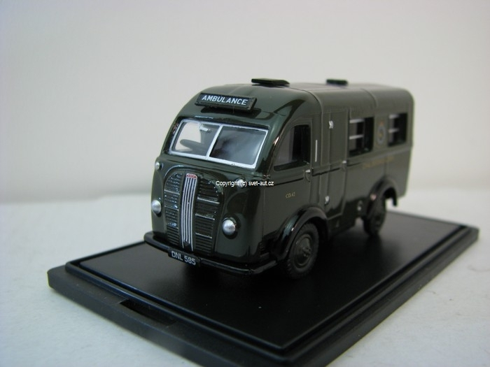 Austin Welfarer Ambulance civil defence corps 1:76 Oxford